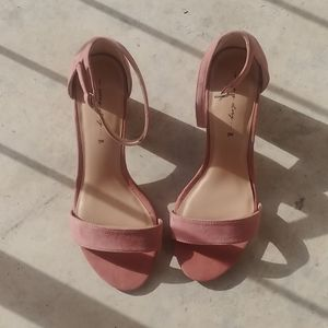 dusty Pink Heels new